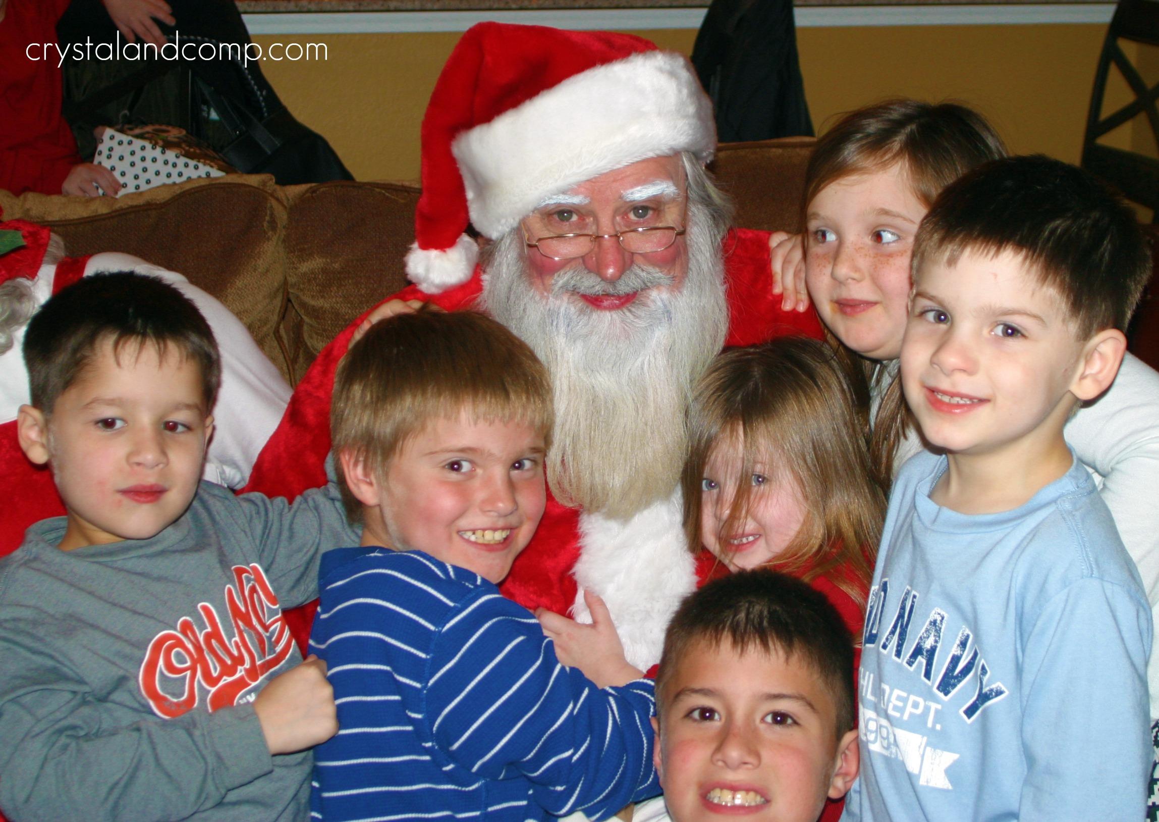 i - Santa And Kids