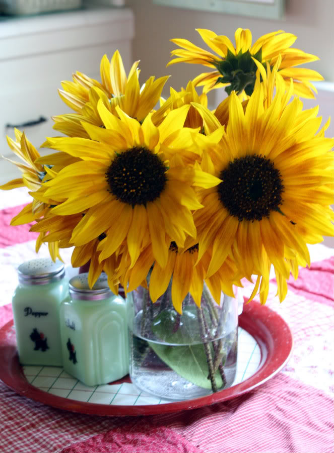 how to make sunflowers last longer