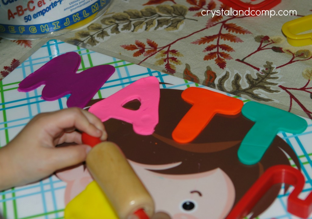 use play dough to spell name